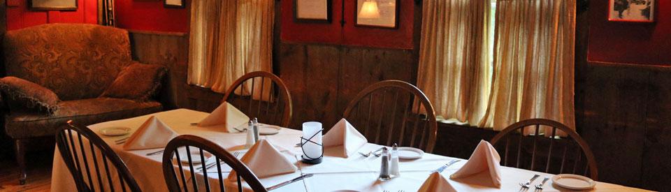 Wildcat Tavern dining room