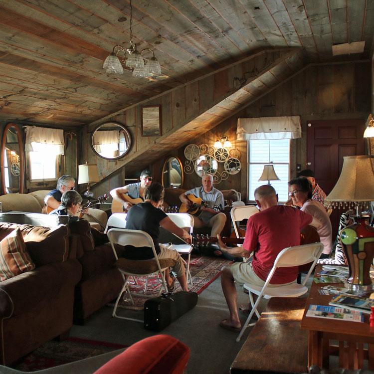 Wildcat Inn & Tavern