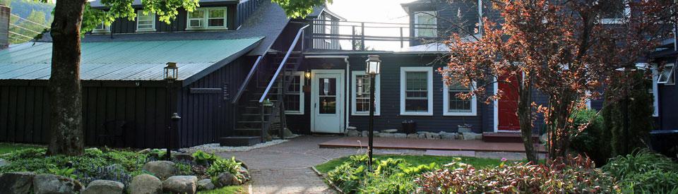 Gardens Wildcat Inn & Tavern in Jackson NH