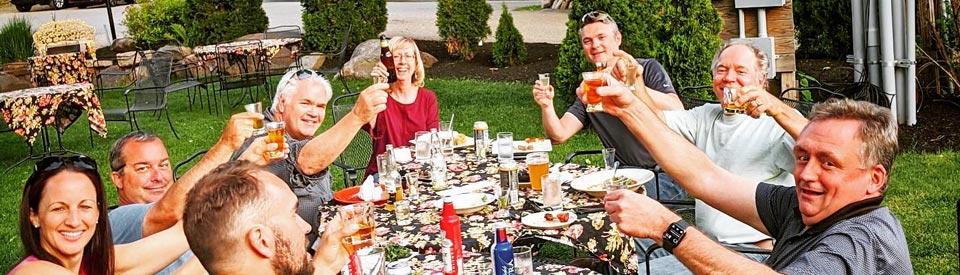 Garden dining - Wildcat Tavern - Jackson NH